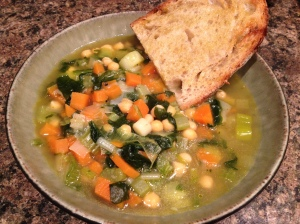Garlicky winter veg soup